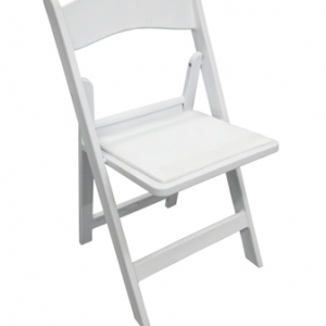 WHITE PADDED EVENT CHAIR